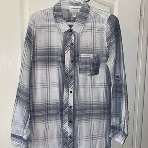 Grey and white plaid button up shirt